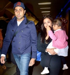 Aishwarya Rai and Abhishek Bachchan along with their daughter Aaradhya snapped at Airport