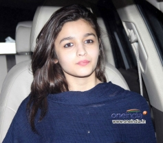 Alia Bhatt snapped while leaving airport