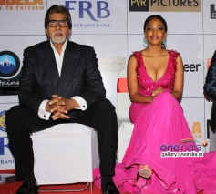 Amitabh Bachchan and Terry Pheto at the premiere of Mandela Long Walk to Freedom