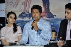 Ariana Ayam, Shekhar Suman and Adhyayan Suman during a panel discussion on Anaesthesia Awareness
