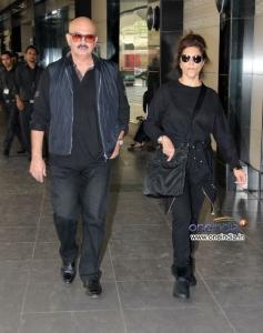 Rakesh Roshan along with his wife Pinky Roshan snapped at Mumbai airport