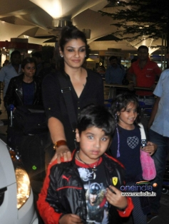 Raveena Tandon snapped with her kids at Mumbai airport