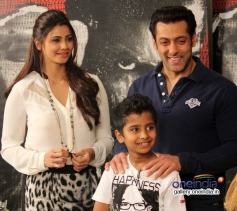 Salman Khan and Daisy Shah gearing up for Jai Ho film promotion at Mehboob Studio Bandra