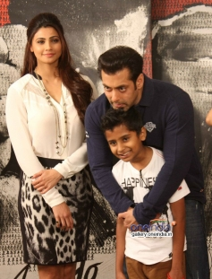 Salman Khan and Daisy Shah during the Jai Ho film promotion at Mehboob Studio Bandra