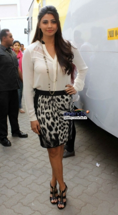 Daisy Shah during the Jai Ho film promotion at Mehboob Studio Bandra