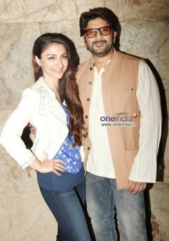 Soha Ali Khan poses with Arshad Warsi during the special screening of film Mr Joe B Carvalho