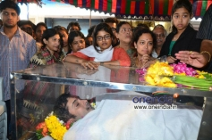 Uday Kiran wife pays tribute to Uday Kiran
