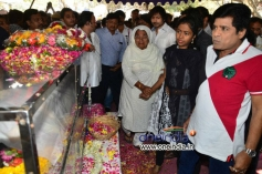 Ali pays tribute to Uday Kiran