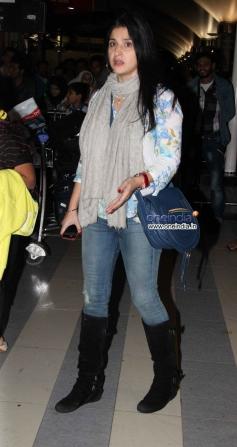 Celebs snapped at Mumbai Airport