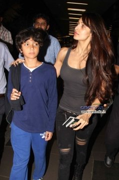 Malaika Arora Khan with her kid snapped at Mumbai Airport