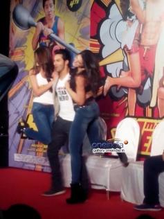 Varun Dhawan lifts Ileana and Nargis at the Main Tera Hero film trailer launch