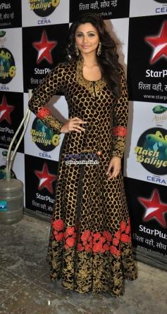 Daisy Shah poses on the sets of Nach Baliye 6