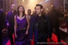 Daisy Shah and Salman Khan arrives for Jai Ho film premiere at Dubai