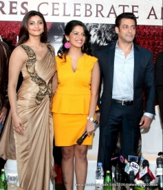 Daisy Shah and Salman Khan during the Jai Ho film promotion at Dubai