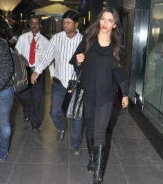 Deepika Padukone snapped at the airport returning from New York