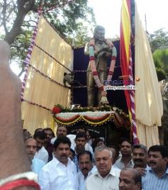 R Ashok, Sa Ra Govind & Ramalinga Reddy at Dr Rajkumar's Statue Inauguration