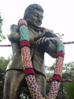 Dr Rajkumar's Statue in South Circle, Bangalore