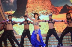 Elli Avram performed at Big Star Entertainment Awards 2013
