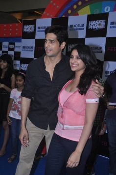 Hasee Toh Phasee film promotion at Korum Mall Thane