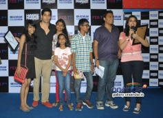 Hasee Toh Phasee film stars Sidharth and Parineeti with Facebook contest winners at Korum Mall Thane