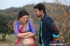 Kajal Aggarwal and Vijay still from film Jilla