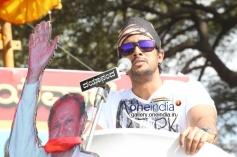 Prem at Kannada Film Industry Bundh against Dubbing