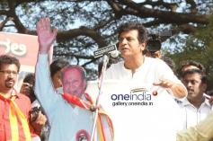Shivrajkumar at Kannada Film Industry Bundh against Dubbing