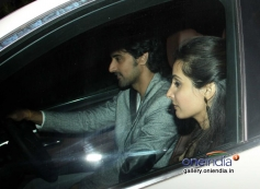 Kunal Kapoor arrive Sonali Bendre's place to celebrate New Year 2014