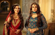 Madhuri Dixit and Huma Qureshi still from film Dedh Ishqiya