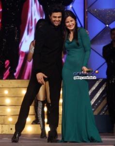 Manish Paul with Katrina Kaif during the Umang 2014