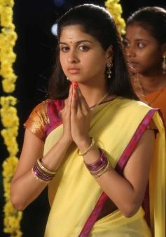Mridula Bhaskar still from film Marumunai