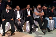 Mohanlal, Shahrukh Khan, Mammootty and Dileep at the Asianet Film Awards 2014