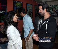 Nimrat Kaur and Ronit Roy  at the special screening of American Hustle