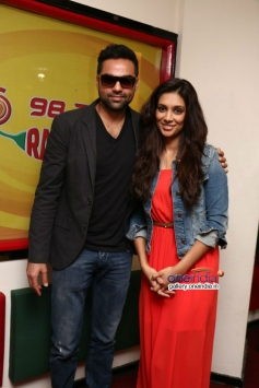 One By Two film promotion at Radio Mirchi
