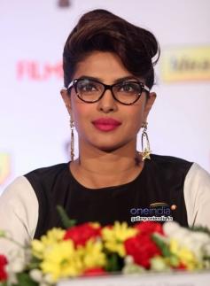 Priyanka Chopra snapped at the press conference of 59th Idea Filmfare Awards 2013