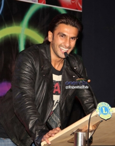 Ranveer Singh addressing the media during the 20th Lions Gold Awards 2014
