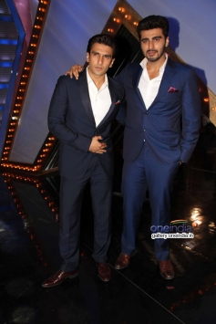 Ranveer Singh and Arjun Kapoor on the sets of India's Got Talent to promote Gunday
