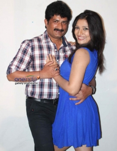Ravishankar Gowda and Anitha Bhat at Nage Bomb Press Meet