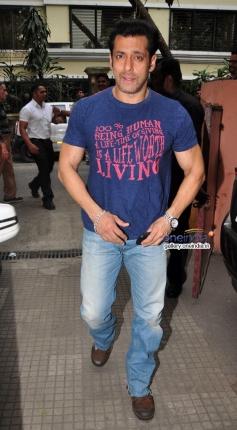 Salman Khan arrive at the special screening of film Jai Ho for NGO Kids
