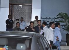 Salman Khan back to Mumbai