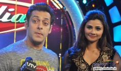 Salman Khan and Daisy Shah during their film Jai Ho promotion on the sets of DID tv show