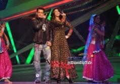 Salman Khan and Daisy Shah promote Jai Ho on Nach Baliye