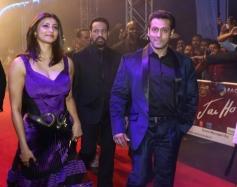 Salman Khan and Daisy Shah's film Jai Ho premiered at Dubai