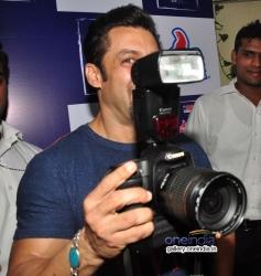 Salman Khan poses at the special screening of film Jai Ho