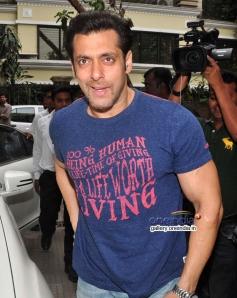 Salman Khan at the special screening of film Jai Ho for NGO Kids