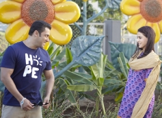 Salman Khan and Genelia Dsouza in Bollywood Movie Jai Ho