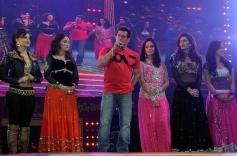 Salman Khan, Madhuri Dixit and Elli Avram at Saifai Mahotsav
