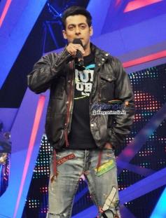 Salman Khan promote Jai Ho on Nach Baliye 6