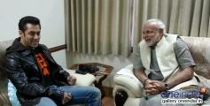 Salman Khan with Narendra Modi during a meeting in Ahmedabad