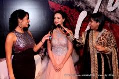 Sana Khan addressing media during the Jai Ho film premiere at Dubai